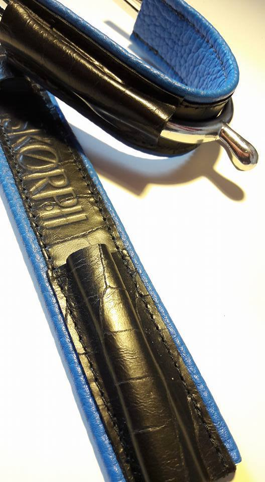 Croco noir mat + bleu electrique