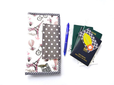 Grey Paris themed Family Passport Holder for 6