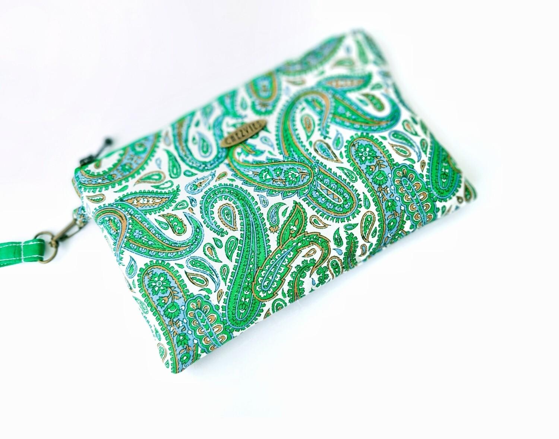 Handmade Wristlet Wallet in Green Paisley