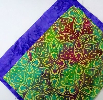 FAT QUARTER DUOS Printed Green & Solid Blue
