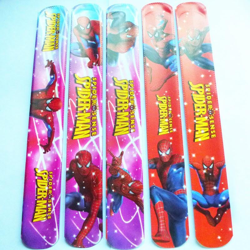 10 Bracciali Spiderman Braccialetti Slap gadget a tema