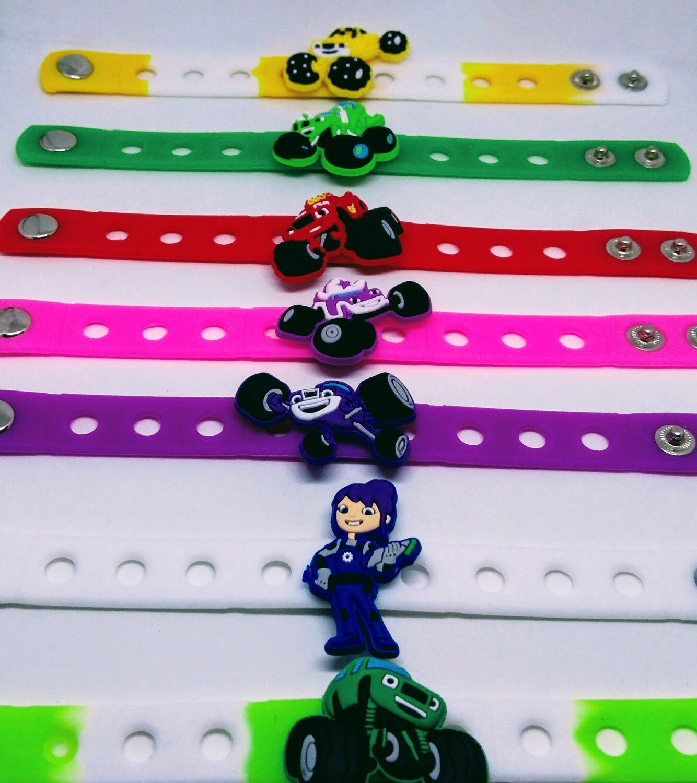 10 Braccialetti personalizzati Blaze in 3D gomma silicone pvc morbido gadgets fine festa a tema compleanno bambini