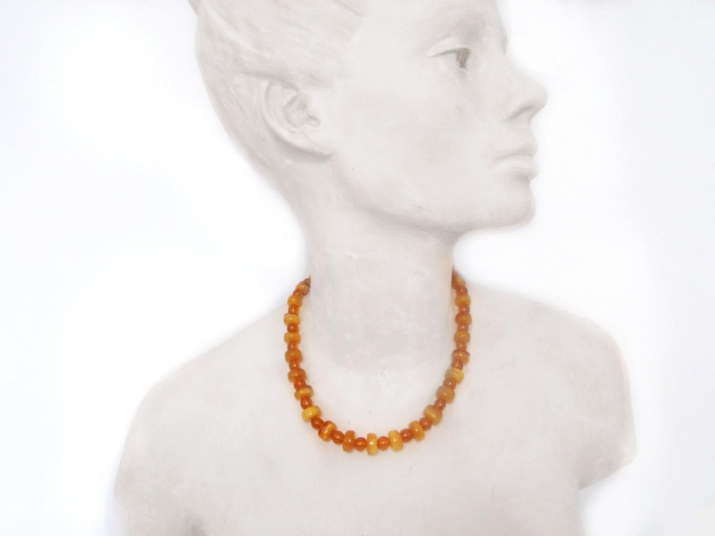 Art Deco Genuine Baltic Egg Yolk Amber Bead 18 Inch Necklace