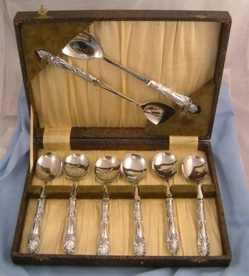Art Deco Silver 6 Spoons Dessert Set Sheffield 1931 V.B. Vickers Servers