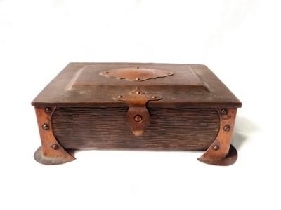 Jugendstil Arts & Crafts Stippled Bronze Detailed Cigar Box with Wood Interior