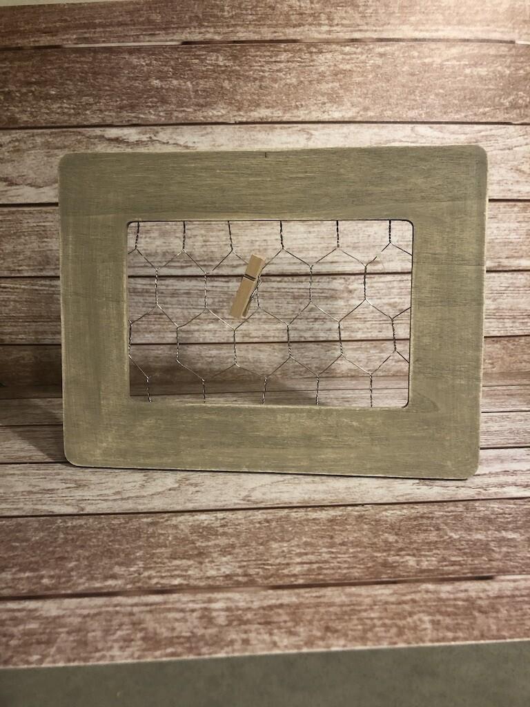 Chicken Wire 5x7, Grey
