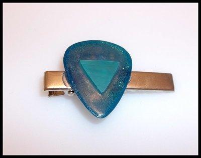 Blue Vinyl Guitar Pick Clip