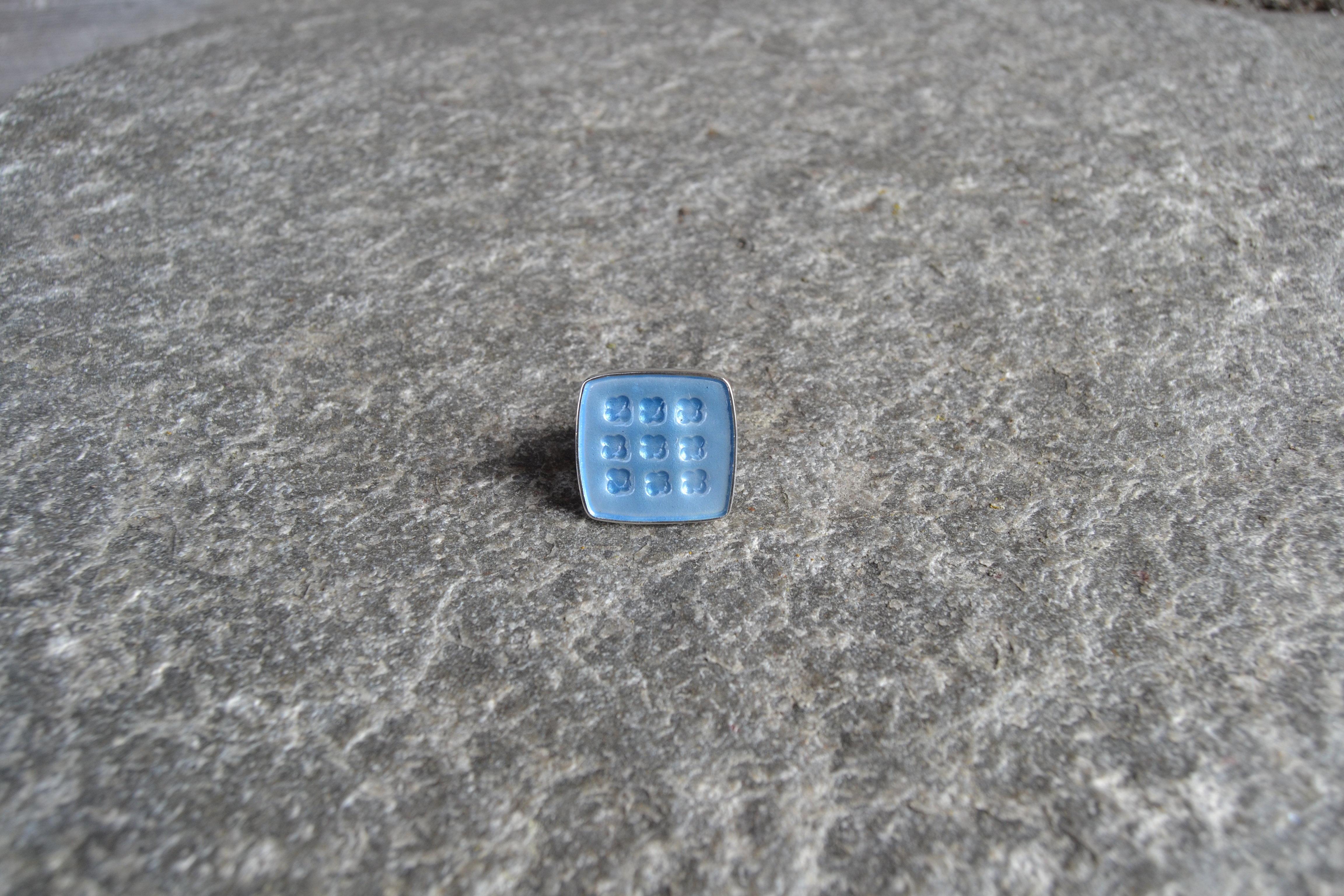 Livd (blomst) vinterblå emaljert, ring i 925 sølv