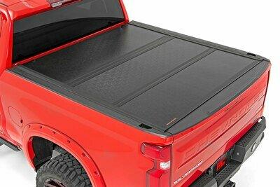 GM Low Profile Hard Tri-Fold Tonneau Cover (19-20 1500 | 5.8' Bed)