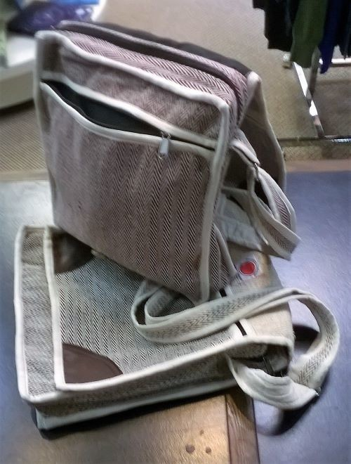 """Messenger Bag, Cotton with Adjustable Strap, 11"""" x 12"""", with 3 Zippers"""