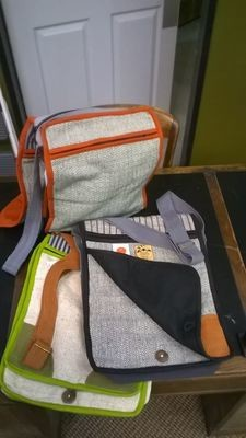 Messenger Bags, Cotton with Adjustable Strap and 3 Zippers, 12