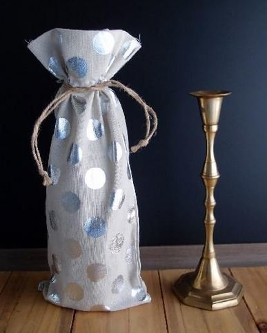 """Linen Wine Bags with Silver Polka Dots, 3 1/2""""x 5"""", Priced Per 3 Pack"""