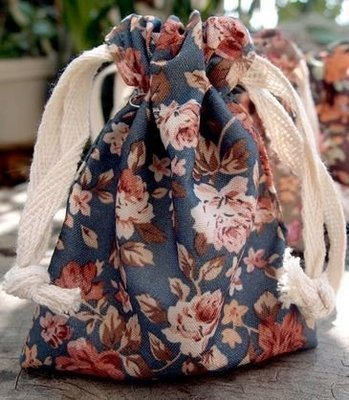 Vintage Floral Print on Blue Bag with Cotton Drawstrings, 3