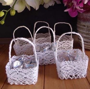 Mini Lace Favor Baskets, Square Design, 2 3/4