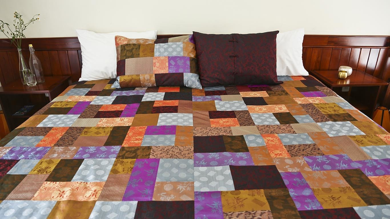 Reaching Out reversible bedspread 5