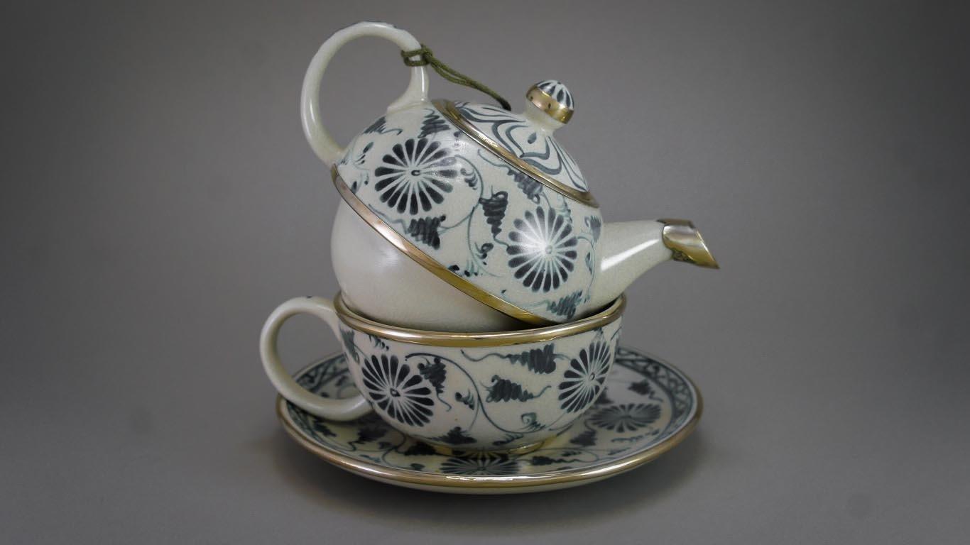 """Tea-for-One Set """"Blooming Daisies"""" AV1TCUR"""