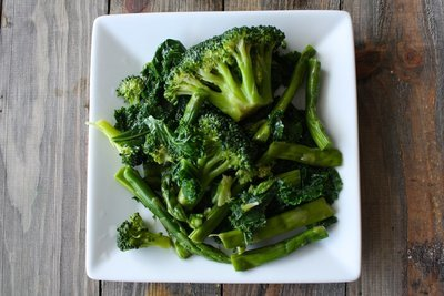 (XV)  Steamed Broccoli