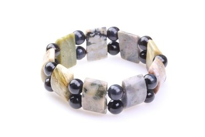 Brede natuursteen armband
